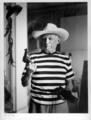 Avec le revolver et le chapeau offerts par Gary Cooper, Cannes, 1958 by Pablo Picasso