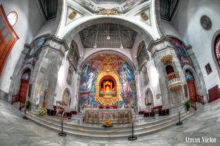 altar in candelaria church by Atman Victor