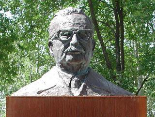 Salvador Allende's Bust by Eva Montoro Pericás