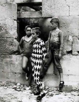 Trio de Saltimbanques en Arlès by Lucien Clergue