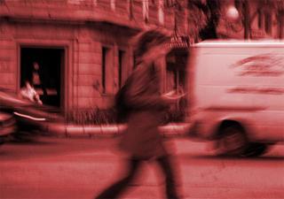 Walking by Antonio Román