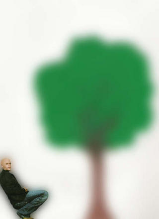 A que este árbol va a ser de mentira… nº 3 by Arturo Marin