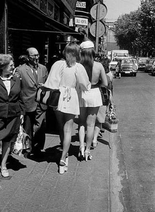 Miniskirts by Francesc Catalá Roca