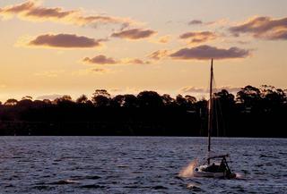 Sydney Bay 3 by Rubén García Martínez