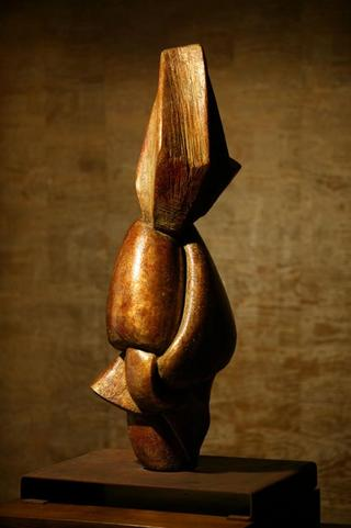 Knot by Myriam de Lafforest