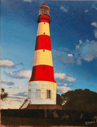 Punta Mogotes Lighthouse by Horacio Gurdiel