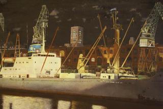 Buenos Aires Port by Horacio Gurdiel